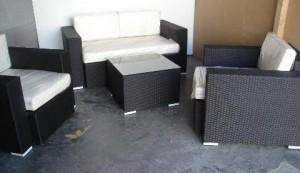 TF-9057 Juego 2 sillones 1 cuerpo y 1 sillón 2 cpos + mesa ratona con vidrio  90*90*75 150*90*70 60*60*40